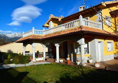 Alojamientos y restaurantes central de reservas sierra - Hostal casa tere guadarrama ...