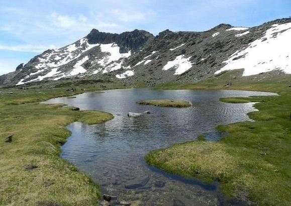 Ruta hacia la Laguna Grande de Peñalara