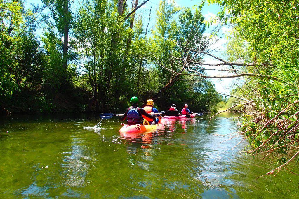 Piraguas por el Río Jarama Sierra Madrid