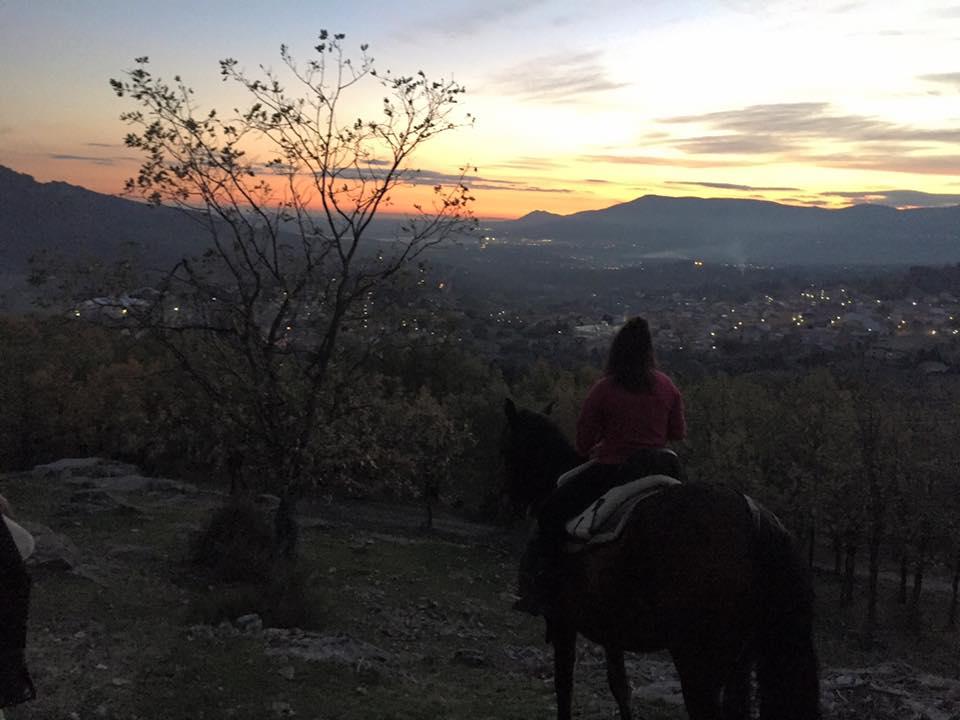 Rutas a caballo a la luz de la luna