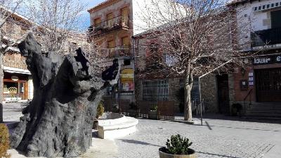 Escultura-del-Álamo-Miraflores-de-la-sierra de Madrid