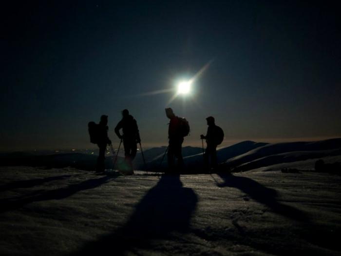 Raquetas de Nieve Nocturnas en Peñalara