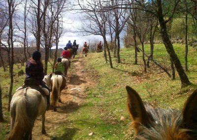 rutas a caballo en la sierra
