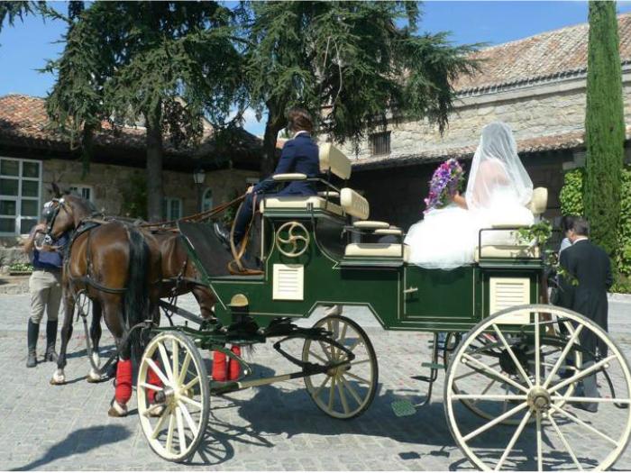 Alquiler de coche de Caballos para Bodas Sierra de Guadarrama