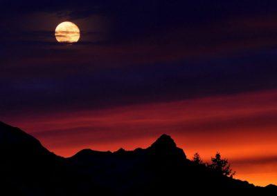senderismo nocturno en la Sierrra