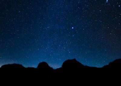 senderismo nocturno en la sierra