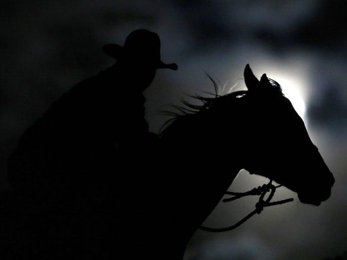 Ruta Nocturna a Caballo en Los Molinos con Cena